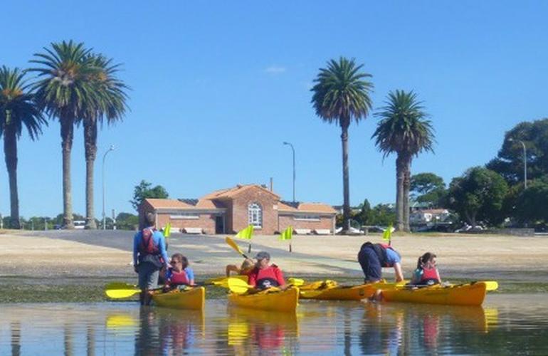 sea kayak guide jobs new zealand