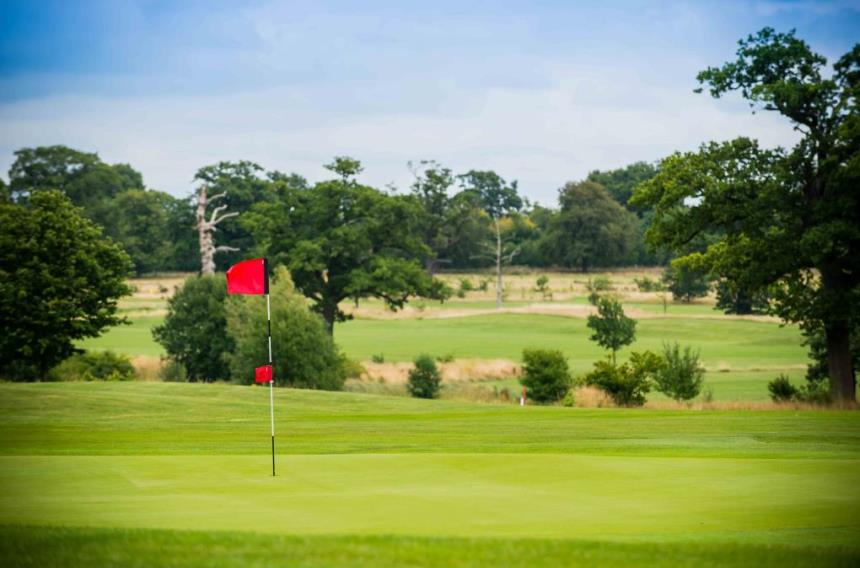 whittlebury hall golf course guide