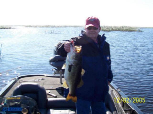 lake okeechobee fishing guide rates