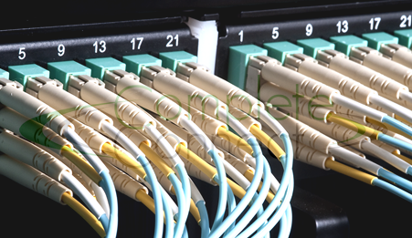 cabling the complete guide to copper and fibre-optic networking
